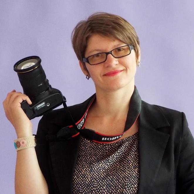 Ana Adam - fotograf